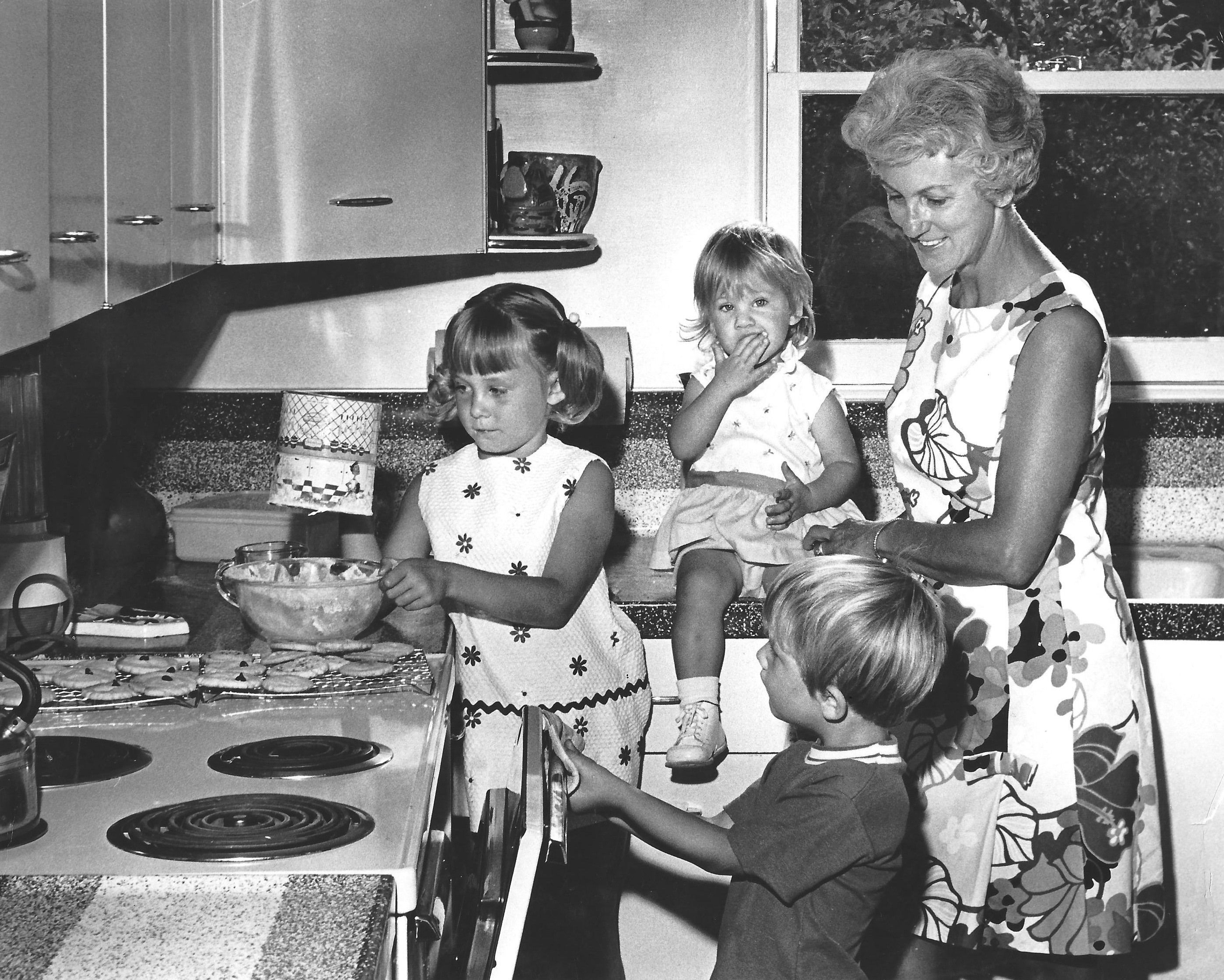 making cookies with children